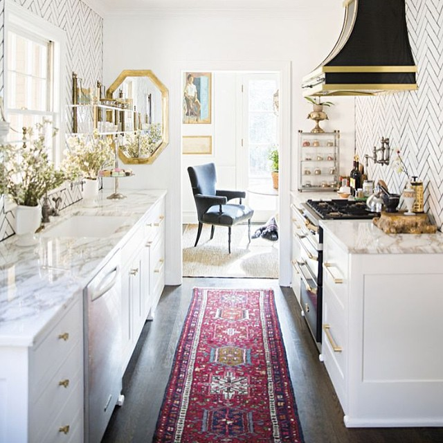 Clean, white kitchen ~from Heirloom & Knot